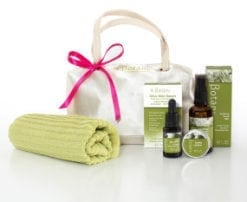 "Gift ideas for mum - say ""I love you mum"" with our gift pack"
