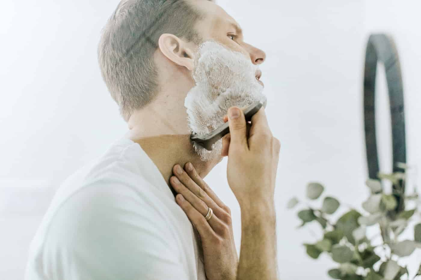 Tips on natural skincare for men